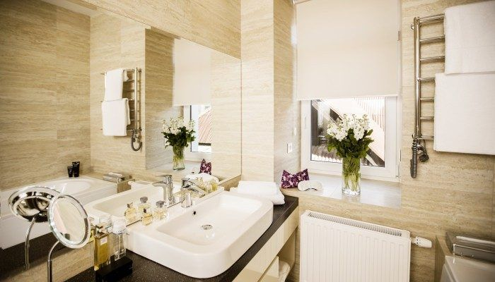 ДВУХКОМНАТНЫЙ АПАРТАМЕНТ SENATOR MAIDAN: ванная