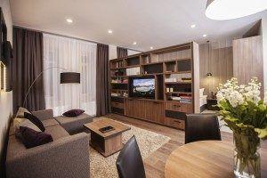 senator apartments room