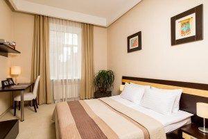 1-BEDROOM APARTMENT - спальня
