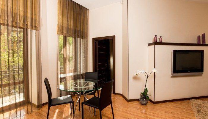apartamenty v otele